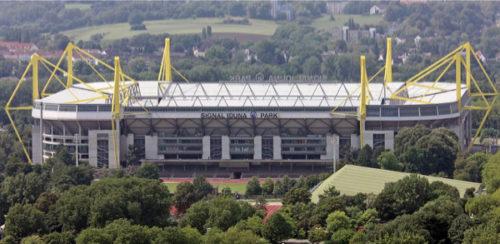 Signal_Iduna_Park_new_sign